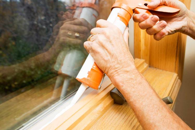 Choose Professional Caulking Service to keep your Home Well-Maintained